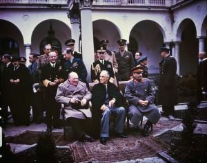 Tribune Chérif Arbouz, L'humanité à l'épreuve du covid-19 - Conférence de Yalta du 4 au 11 février 1945, Churchill, Staline, Roosevelt